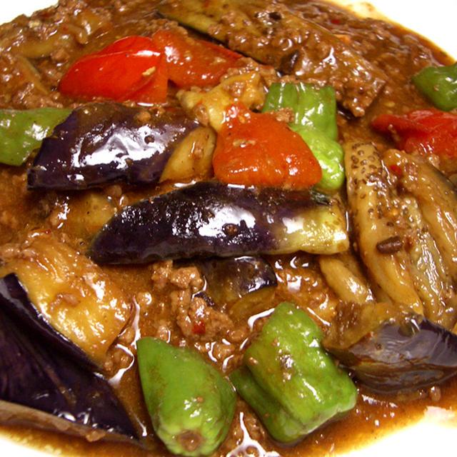 『夏野菜の麻婆茄子』 とろけるナスとコクのある合挽き肉にトマトをプラス