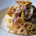 【レシピ】レンコンと豚肉の白味噌スパゲティーニ