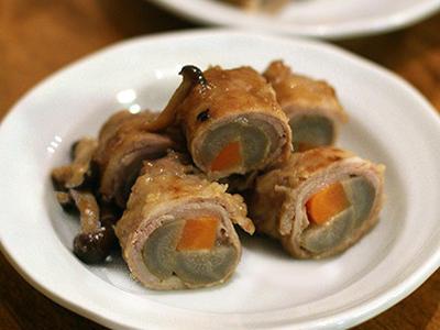 >牛蒡の肉巻きと鶏と蕪の煮物 by filleさん