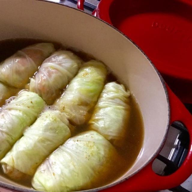 高野豆腐がスープを吸って美味しい、和風のロールキャベツ。