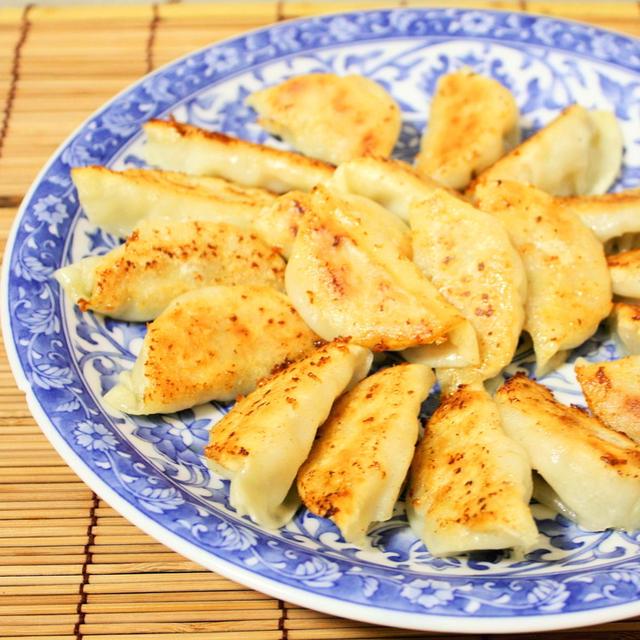 テレビにも出てネットで人気らしい「味噌だれ餃子」って知ってましたかぁ!?