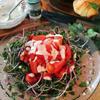 トマトとスプラウトのバジルヨーグルトサラダ