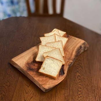 生クリーム食パン。