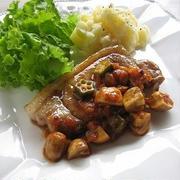 豚ロース肉のソテー ~きのこと「野菜のとろ実」ソース & 庭のレモンと柚子
