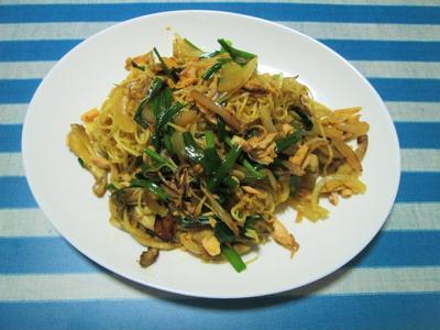 これ一皿で満足!スタミナ満点の素麺チャンプルー(カレー風味)