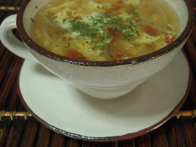 トマたまスープ