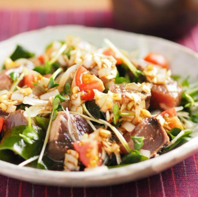 かつおたたきの海鮮サラダ