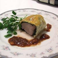 豚フィレ肉のパイ包み焼*いちじくソース