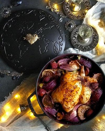 丸鶏♥ほっとくだけ♥鶏と野菜のハーブグリル【#メインとおつまみ同時に完成 #ワインに合う #丸鶏】
