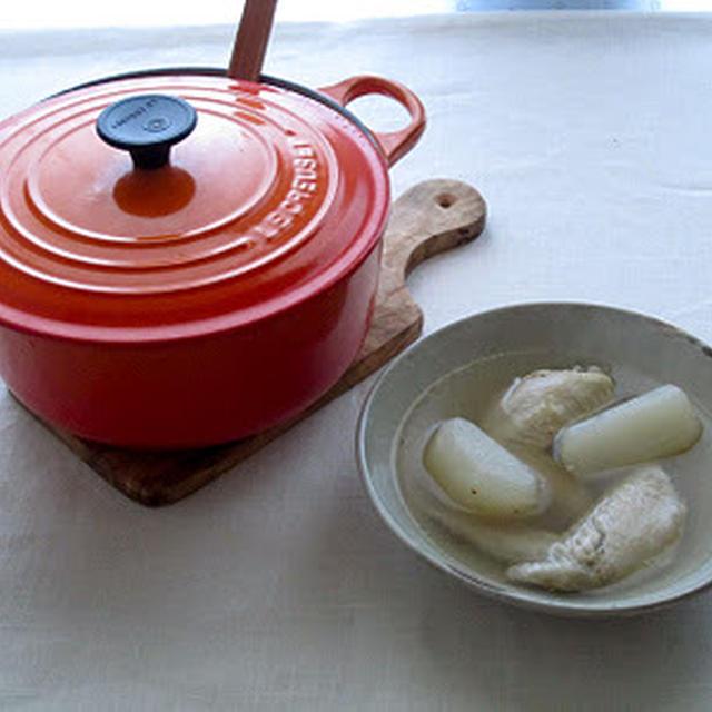 手羽先と大根のスープ