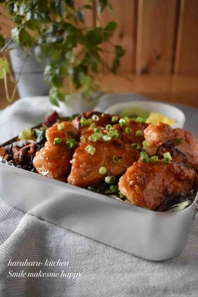 【むね肉de韓国風旨辛チキン】#むね肉#丼もの#簡単#ガッツリ飯#男子好きご飯 …テスト最終日!