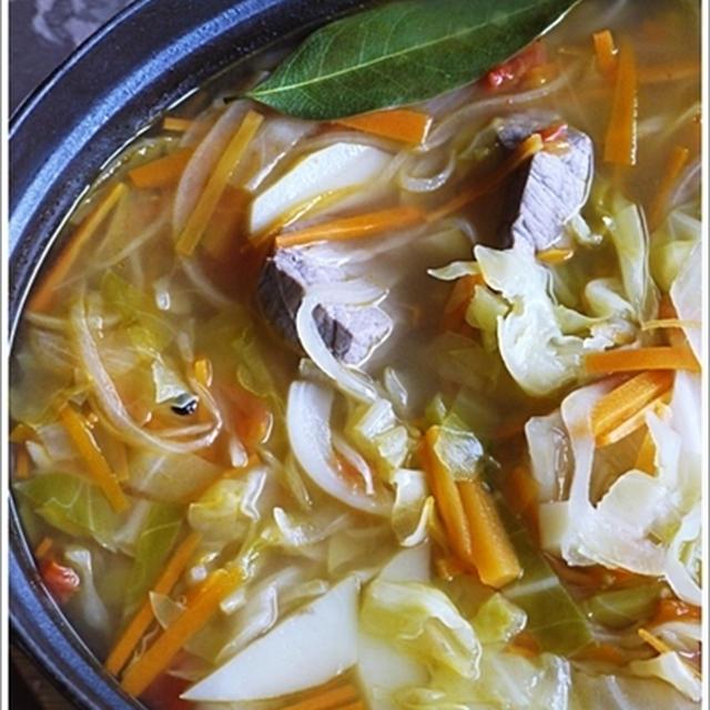 ロシアの伝統的スープ シィー  щи