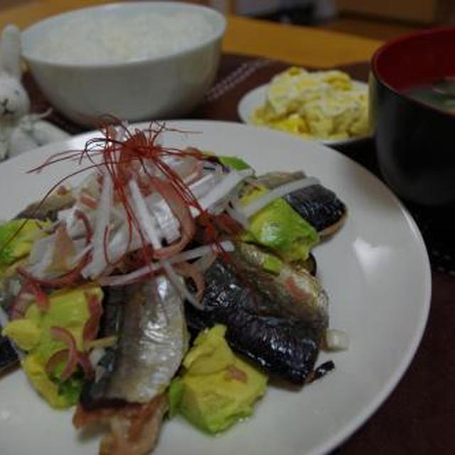 秋刀魚とアボカドの炒めたのん☆