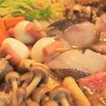 寒い日のご馳走! ごま中華鍋♪ ベーコンの粕汁♪   &いもぼう 平野屋本店