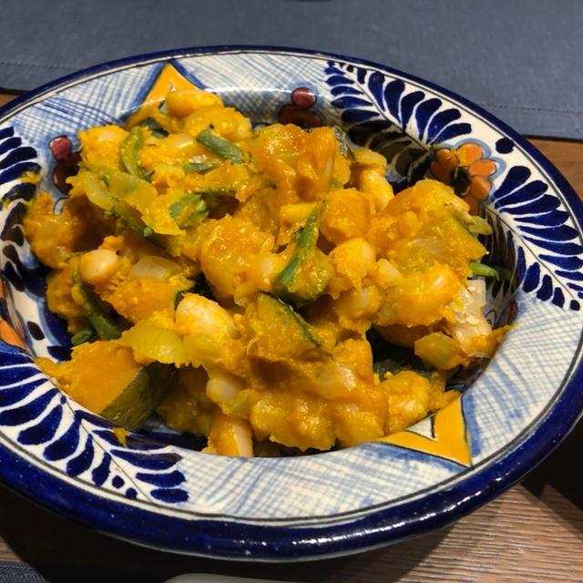 白いんげん豆とかぼちゃのクリーム煮