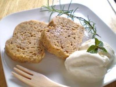 塩麹バナナ豆乳ケーキ塩麹豆乳アイス添え♪~美肌&便秘解消オリゴ入り~【健康レシピ】