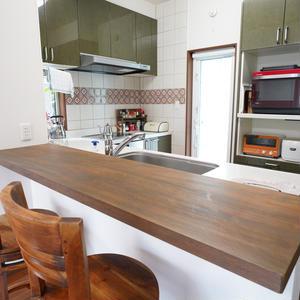 夫婦共用のキッチン、どう使ってる?しにゃさんの「世界一楽しいわたしの台所」
