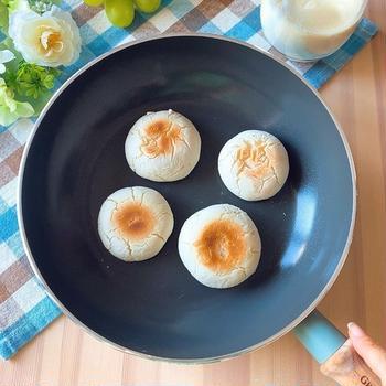 【小麦・乳不使用】発酵不要&フライパンで20分!ふわふわもちもち米粉パン