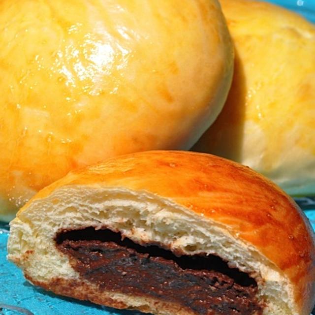 チョコレートクリームパン
