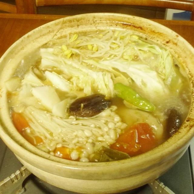 黒酢で食べる夏の薬膳鍋