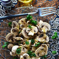 1分~3分 超簡単 アジアン料理 ホワイトマッシュルームとパセリの異国前菜  クミン味 - スパイス大使 - by 青山 金魚さん
