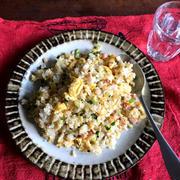 【簡単!!】ハムとふわふわ卵のチャーハン&コロコロポテトサラダ*お歳暮のハムを使ったレシピです
