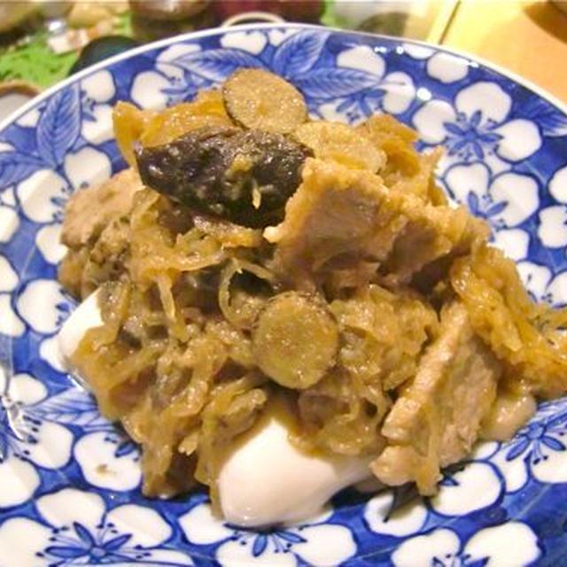 豚とごぼうとそうめんかぼちゃのマヨ醤油炒め〔シリーズきょうの豆腐〕