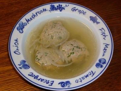 [レシピ][スープ] イワシすり身団子のコンソメスープ