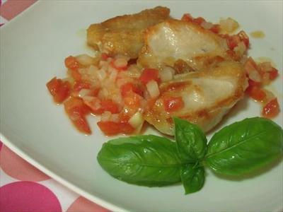 鶏むね肉ソテー・トマトソース