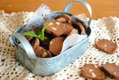 ホットケーキミックスで♪おからと クルミの ヘルシークッキー ☆