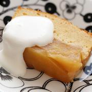ホットケーキミックスで簡単!タルトタタン風「りんごのパウンドケーキ」