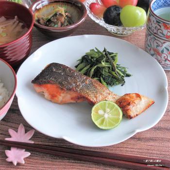 〆は シンプルに。秋のごはん。『北海道産 生秋鮭の塩焼き』