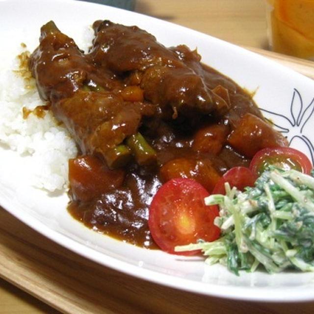 アスパラロールポークカレーと水菜のサラダ☆