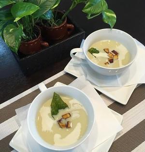 ホワイトペッパー利かせてさつま芋と豆乳で冷製スープ~♪♪