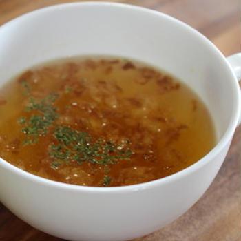 365日汁物レシピNo.260「お湯を注ぐだけオニオンスープ」