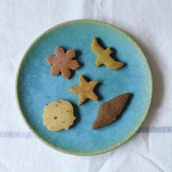 浜辺のクッキーと、台風による営業について