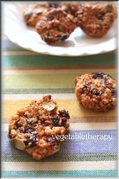 マクロビスイーツ☆かぼちゃの種とプルーンのシナモンパン粉クッキー