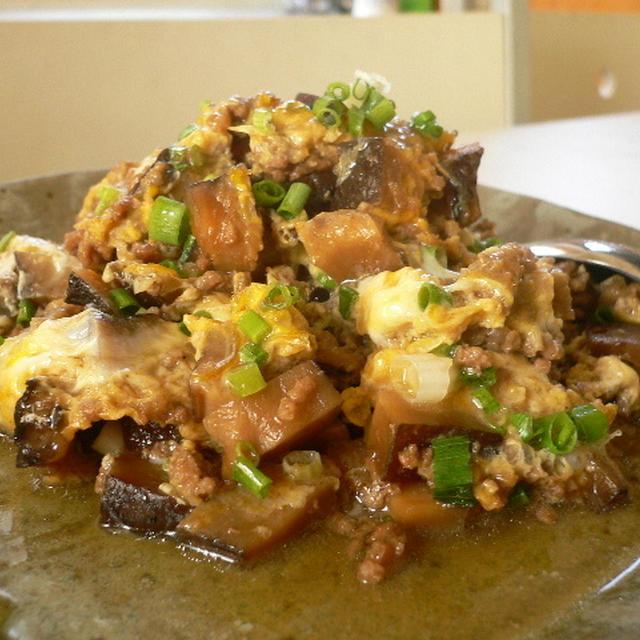 ご飯のお供に・・挽肉と干し椎茸の卵とじ