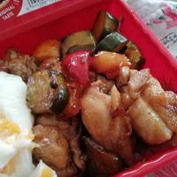 6/17 濃厚&さっぱり!美味しい鶏もも肉とピクルスの照り焼き弁当!