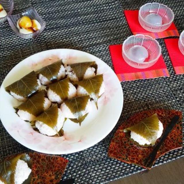 みたらし団子(豆腐入り) 葛まんじゅう 桜餅