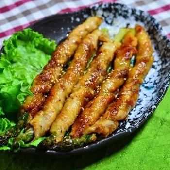 アスパラの肉巻き生姜焼き