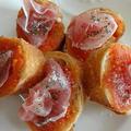 ピリ辛トマトソースのガーリックトースト