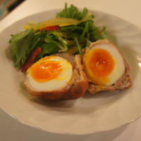 【豚肉の半熟卵巻き】
