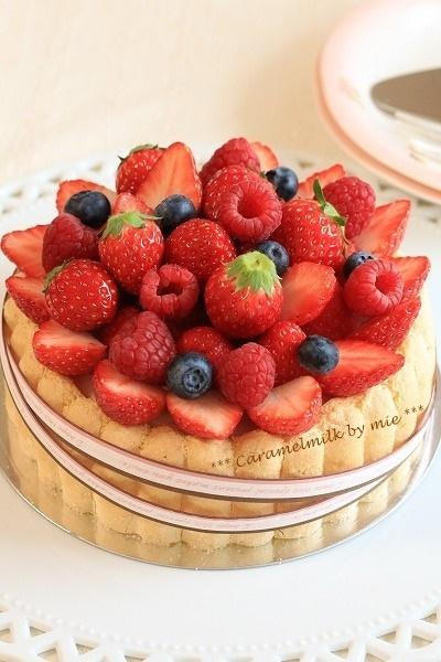 ベリーショコラのシャルロットケーキ(春のお菓子)