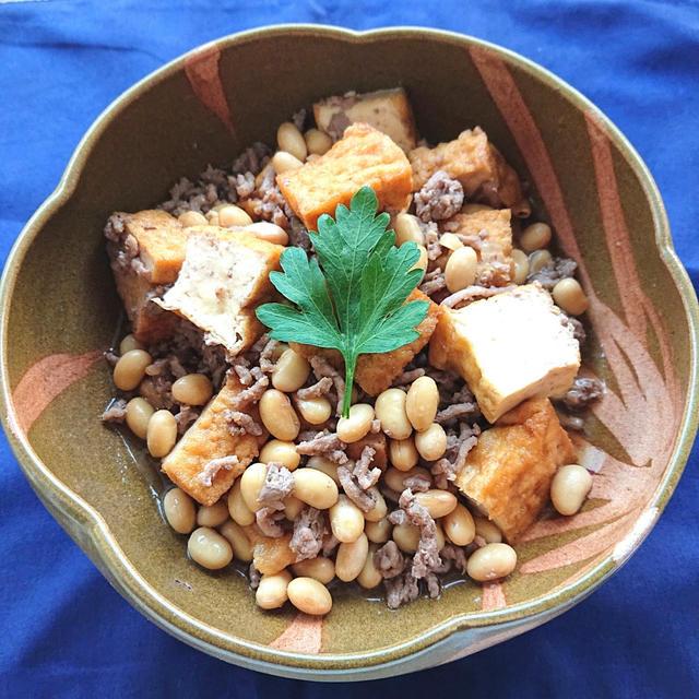 レンジで簡単6分厚揚げと大豆とミンチのほっこり煮物
