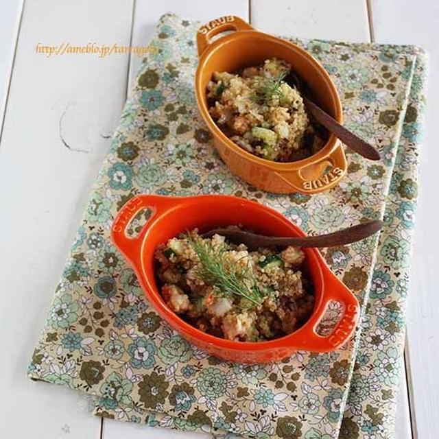 コストコのキヌアサラダを再現、キヌアと蒸し鶏のボリュームサラダ。