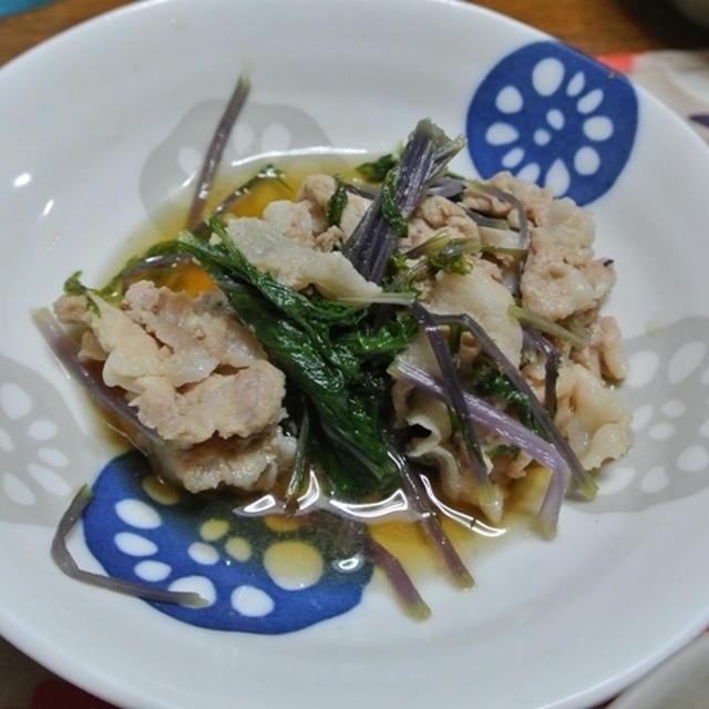 ニラレバ、赤水菜と豚肉の炊き合わせ