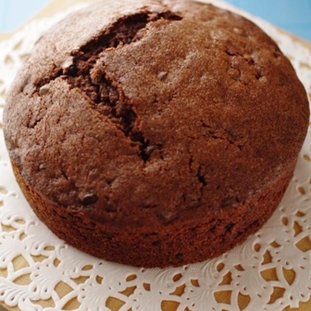 パウンド生地で、ダブルチョコレートのホールケーキ☆パウンドケーキアレンジ