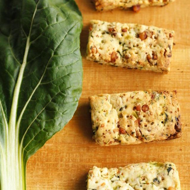 小松菜とチーズのクラッカー