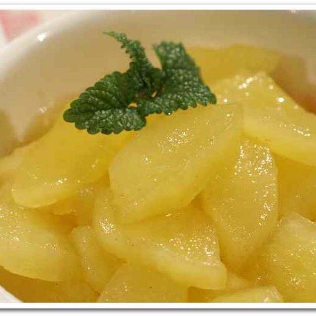 スゥイーツ《林檎の甘煮》2バージョンレシピです。